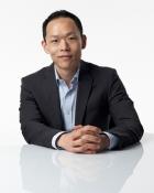Portrait Dr. med. Chung Suk Yun, YUNDÉ aesthetic surgery., Frankfurt, Plastischer Chirurg