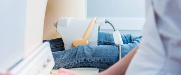 Knieuntersuchung mit Hilfe eines MRT-Scans