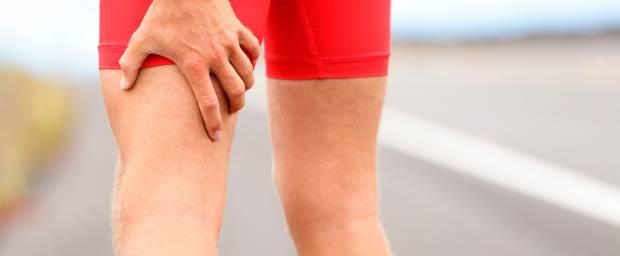 Muskelfaserriss man oberschenkel im erkennt wie einen Muskelfaserriss im