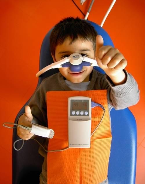 , Dr. med. dent. Volker Ludwig, Zahnarztpraxis Dr. Ludwig und Kollegen MVZ GmbH, Fürth, Zahnarzt, Implantologie: Knochenaufbau, Kinderzahnheilkunde, Endodontie (Mikroskop)