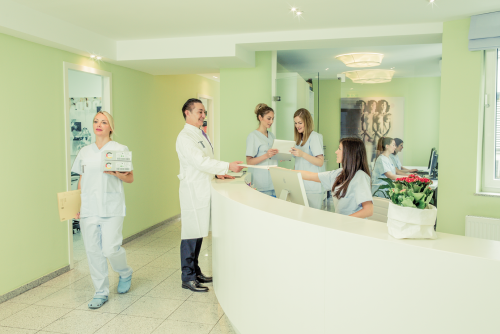 , Dr. Dr. medic Marian Ticlea, T-Klinik am Rudolfplatz, Klinik für Plastische und Aesthetische Chirurgie, Köln, Plastischer Chirurg