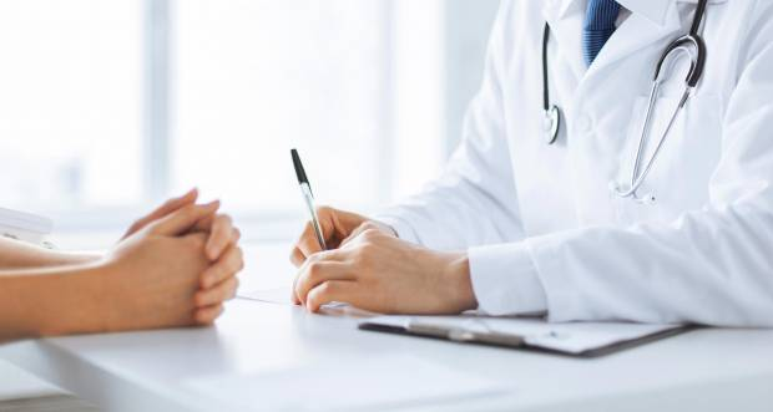 Welcher Arzt behandelt Hämorrhoiden?