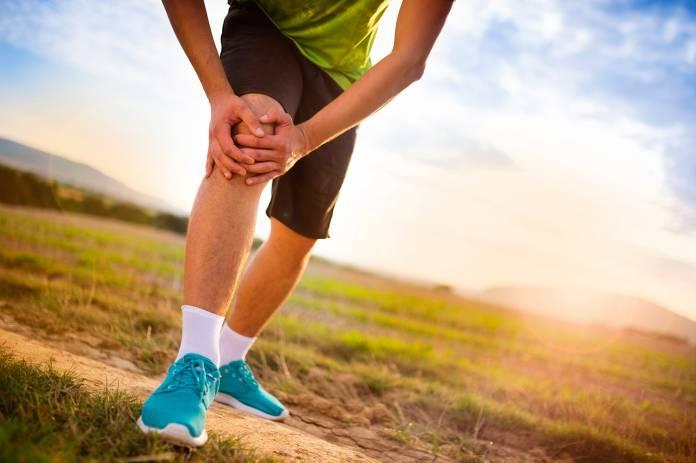 Ein scharfer Schmerz in der Ruhephase – ein Anzeichen für Arthrose?
